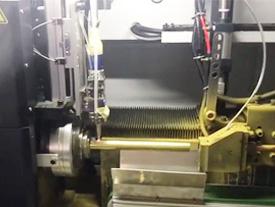 广东纬扬管型激光切管机视频(切铜管)